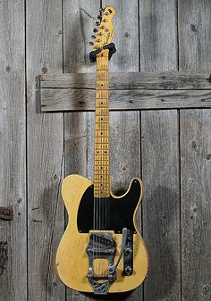 Extremely unique and collectable piece of Fender Musical history. Don't miss out on your chance to own this rare guitar with a very unique story. Please call our shop if you would like to know more about this beautiful and all original 1954 Fender Esquire.