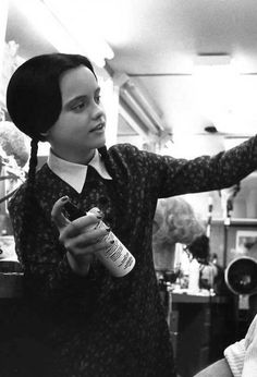 Christina Ricci as Wednesday Addams, The Addams Family The Addams Family, Addams Family Values, Adams Family, Photo Trop Belle, Charles Addams, Vintage Photo Booths, Anjelica Huston, Halloween Costumes For 3, Gothic