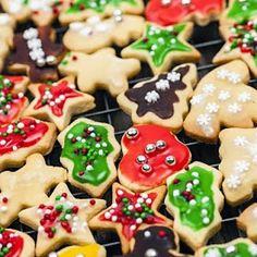 ~~~~~~~~ Fun Recipe World ~~~~~~~~: Christmas Sugar Cookies Recipe