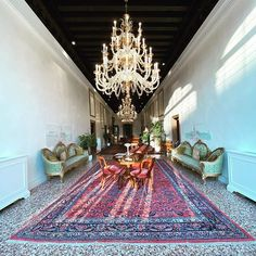 il nostro soggiorno  unser Wohnzimmer  our living room #venezia @nanimocenigopalace Rugs, Home Decor, Woman, Homemade Home Decor, Types Of Rugs, Rug, Decoration Home, Carpets, Interior Decorating