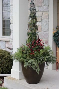Don't Buy A Christmas Container Planter, Make Your Own. Nitty gritty Tutorial On How I Made This Front Porch Christmas Planter Container Garden. Recycled Christmas Decorations, Outdoor Christmas Planters, Christmas Urns, Diy Christmas Lights, Christmas Wreaths, Xmas, Outdoor Planters, Magical Christmas, Holiday Lights