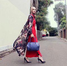 Long kimono cardigan with maxi skirt