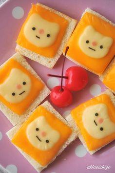 Tostadas con caras de gato. // cat toast #cook #art