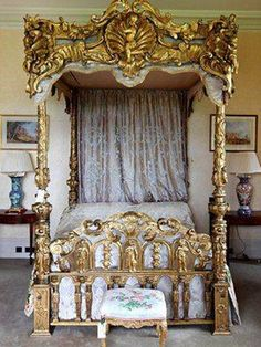 Furniture , Alluring Victorian Style Furniture : Golden Carved Bed Victorian Style Furniture