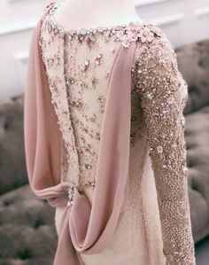 Best Party Outfit Formal Bridesmaid Ideas Source by ideas party Kebaya Modern Dress, Kebaya Dress, Dress Pesta, Hijab Gown, Hijab Dress Party, Muslim Fashion, Hijab Fashion, Fashion Dresses, Korean Fashion