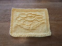 Yellow Hand Knit Delightful Daisy Dish Cloth or Wash Cloth | hollyknittercreations - Knitting on ArtFire