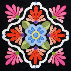 Go to our niche site for even more about this beautiful photo Hand Applique, Applique Patterns, Mosaic Patterns, Applique Quilts, Applique Designs, Quilting Designs, Quilt Patterns, Applique Wall Hanging, Patchwork Quilt