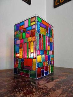 Use a my clear planters as faux stained glass luminaries! - Faux Stained Glass Mosaic Luminary by - Crafts by Amanda Faux Stained Glass, Stained Glass Lamps, Mosaic Art, Mosaic Glass, Painted Wine Bottles, Glass Bottles, Glass Beads, New Crafts, Kitsch