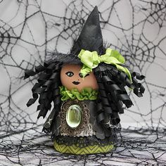 Flower Pot Witch Halloween Craft Home Decor by Juliana Michaels Fröhliches Halloween, Halloween Flowers, Halloween Projects, Halloween Decorations, Samhain Halloween, Clay Pot Projects, Clay Pot Crafts, Fall Crafts, Holiday Crafts