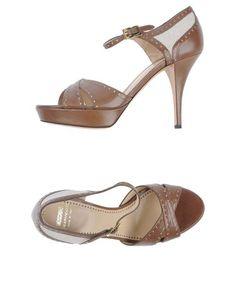 http://etopcoats.com/moschino-cheapandchic-women-footwear-platform-sandals-moschino-cheapandchic-p-10144.html