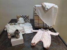 Ensemble Burberry/ Cadeau naissance