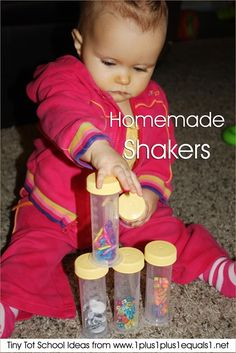 Tiny Tot School Ideas ~ 9-12 months // HOMEMADE SHAKERS #totschool #babyplay