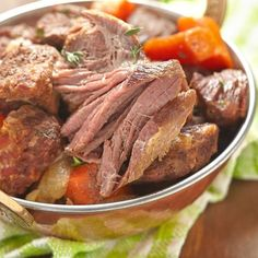 Healthy recipes easy beef pot roast 64 ideas for 2019 Irish Stew, Roast Beef Recipes, Slow Cooker Recipes, Beef Pot Roast, Salty Foods, Cooking Chef, Vegan Dinners, Healthy Dinner Recipes, Food Inspiration