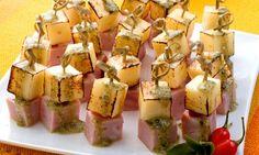 Espetinho de tender e queijo