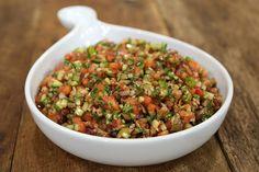 Zeytinli Kaşık Salatası