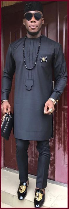 This is a sweet masterpiece made from quality fabrics. This elegant men's dress is designed to stand you out wherever you go.  It comes with a pant and long-sleeve top well designed and sewn to suit all occasions.  The material is good for all weather condition and does not irritate the skin. If you will like it in another colour, just message us.   We recommend that you provide your measurements for a correct fit . However, we have posted a chart along with the pictures so choose your…