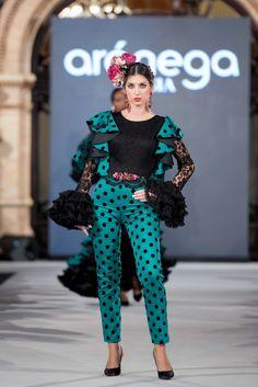 Aranega - We Love Flamenco 2018 - Sevilla Flamenco Costume, Flamenco Dancers, Dress Outfits, Dresses, Destination Wedding, Polka Dots, Costumes, My Favorite Things, Lady