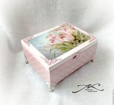 Шкатулка Тюльпаны – купить или заказать в интернет-магазине на Ярмарке Мастеров | Шкатулка выполнена в моем любимом стиле, нежная…