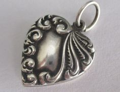 VTG ANTIQUE STERLING SILVER PUFFY HEART CHARM REPOUSSE VICTORIAN SCROLL Mono Ken