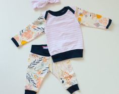 Minze & Citrus Baby Boy Coming Home-Outfit von SnugAsaBugClothes