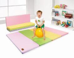 "Tapete dobravel para brincar... Amazon.com: Parklon ""Sweet"" Space Folder Mat (Large): Toys & Games"