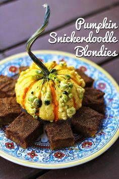Rya Pie: Pumpkin Snickerdoodle Blondies
