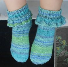 Lace Socks, Ankle Socks, Knitting Socks, Knit Socks, Fashion Socks, Cool Socks, Pretty Cool, Leg Warmers, Mittens