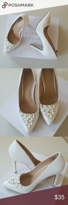 """NWT Super Sexy Girly Pumps New so gorgeous high heels. Sweet and feminine petals and gold tone studs. 4"""" heels. Offwhite color. Cushioned foot bed for added comfort. Lauren Conrad Shoes Heels"""