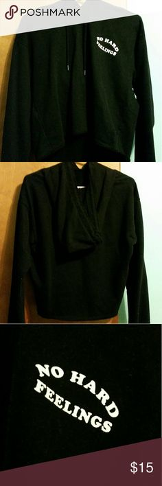 🔴SALE! Forever 21 cropped hoodie Forever 21 black cropped hoodie! Never used New condition, no tags! Size medium. Any questions? Feel free to comment! Don't forget to bundle and save! Forever 21 Sweaters
