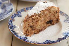 One-pot spiced apple cake – Recipes – Bite