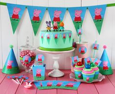 Free darling mini party printable set by Postreadicción galletas decoradas, cupcakes y pops: Kit de fiesta gratuito de Peppa Pig