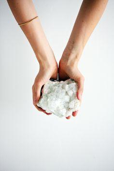 apophyllite, healing crystals, mineral therapy, self care, intuition, enery work, energy healing, reiki, breathwork, spiritual development, women's circles