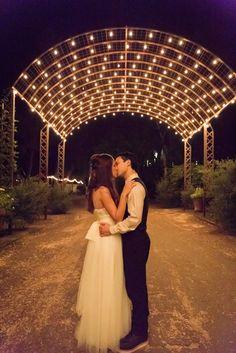Photo inspiration - Calamigos Ranch - Pavilion - Bride and groom - wedding - Photo by Cole Garrett Photography - Planning: DB Creativity