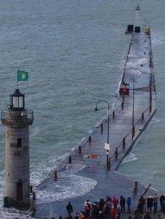 #Lighthouse - Cancale, #Bretagne http://www.roanokemyhomesweethome.com