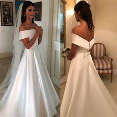 Simple Wedding Gowns, Wedding Dress With Veil, Rustic Wedding Dresses, Dream Wedding Dresses, Blush Wedding Gowns, Simple Classy Wedding Dress, Floral Wedding, Wedding Ideas, Pink Bridesmaid Dresses Uk