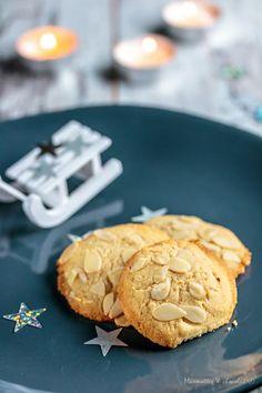 http://marmottesetchocolat.blogspot.bg/2016/12/04-biscuits-de-noel-04-au-fromage-frais.html