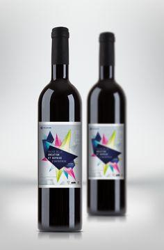 """Bouteille personnalisée réalisée pour la """"Faites de la création et reprise d'entreprise"""" organisée par la CCI de Libourne.   Pour personnaliser vos bouteilles : www.monvinpersonnalise.fr"""