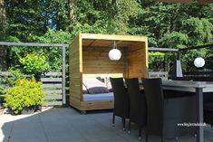 Lav dit eget shelter på hjul - Bettina Holst Blog Backyard For Kids, Outdoor Furniture Sets, Outdoor Decor, Shelter, Diy And Crafts, Projects To Try, Garden, Blog, Home Decor