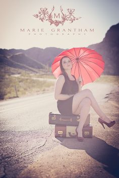 Vintage Styled Senior Portraits- click on photo to see more! www.mariegranthamphotography.com