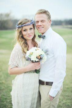 Casual groom style and a lavender crown for the bride | rustic wedding look |Britta Marie Photography