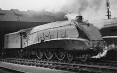LNER 2512 CLASS A4.SILVER FOX with centre mounted NAME DETAIL. | by forsterst39 Road Train, Train Car, Steam Trains Uk, Steam Railway, Mode Of Transport, Steam Engine, Steam Locomotive, Old Photos, Transportation