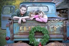 If only you could gake a pic of mine with a colorful rusty old truck in time! 100 Photos to Inspire Your Holiday Cards - Harvard Homemaker