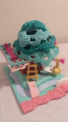 Il s'agit d'une 1989 polly pocket maison d'arbre compact en état incroyable ! pas les poupées
