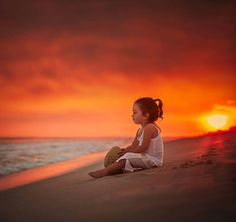 Photos needed all people around the world as like us and you all. Little Girl Photos, Cute Baby Girl Pictures, Cute Pictures, Beautiful Pictures, Family Pictures, Cute Kids Photography, Beach Photography, Portrait Photography, Nature Photography