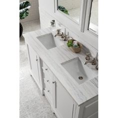 James Martin, Best Kitchen Design, Double Sink Bathroom, Minimal Bathroom, Small Double Sink Vanity, Bathroom Small, Zen Bathroom, Undermount Bathroom Sink, White Double Vanity