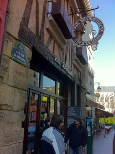Chez Denise, Paris: See 477 unbiased reviews of Chez Denise, rated 4 of 5 on TripAdvisor and ranked #503 of 15,681 restaurants in Paris.
