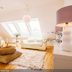 ...Dachschräge ausgenützt... Home Staging, Small Space Living, Small Spaces, A Frame House, Attic Rooms, Cozy Room, My Dream Home, Home Remodeling, Living Room Designs