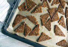 rugbrødschips Tiramisu, Tapas, Waffles, Breakfast, Ethnic Recipes, Desserts, Food, Google Search, Food Food