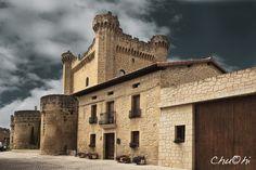 Castillo/Palacio - SAJAZARRA (La Rioja) España.