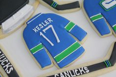 Kesler jersey cookie by bkrista77, via Flickr Sports Day, Project Ideas, Projects, Sugar, Cookies, Log Projects, Biscuits, Ideas For Projects, Cookie Recipes